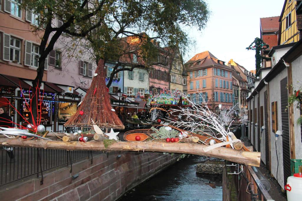 Colmar Weihnachtsmarkt.Bild Weihnachtsmarkt Colmar Zu Weihnachtsmarkt Colmar In Colmar