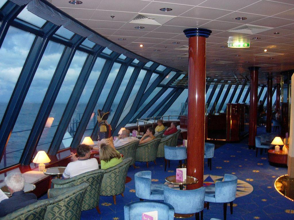 bild galaxy of the stars observation lounge zu norwegian. Black Bedroom Furniture Sets. Home Design Ideas