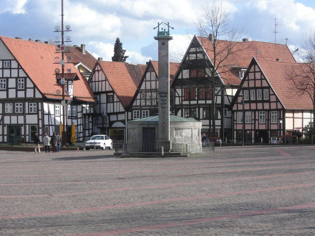 bild salzquelle am markt zu altstadt bad salzuflen in bad salzuflen. Black Bedroom Furniture Sets. Home Design Ideas