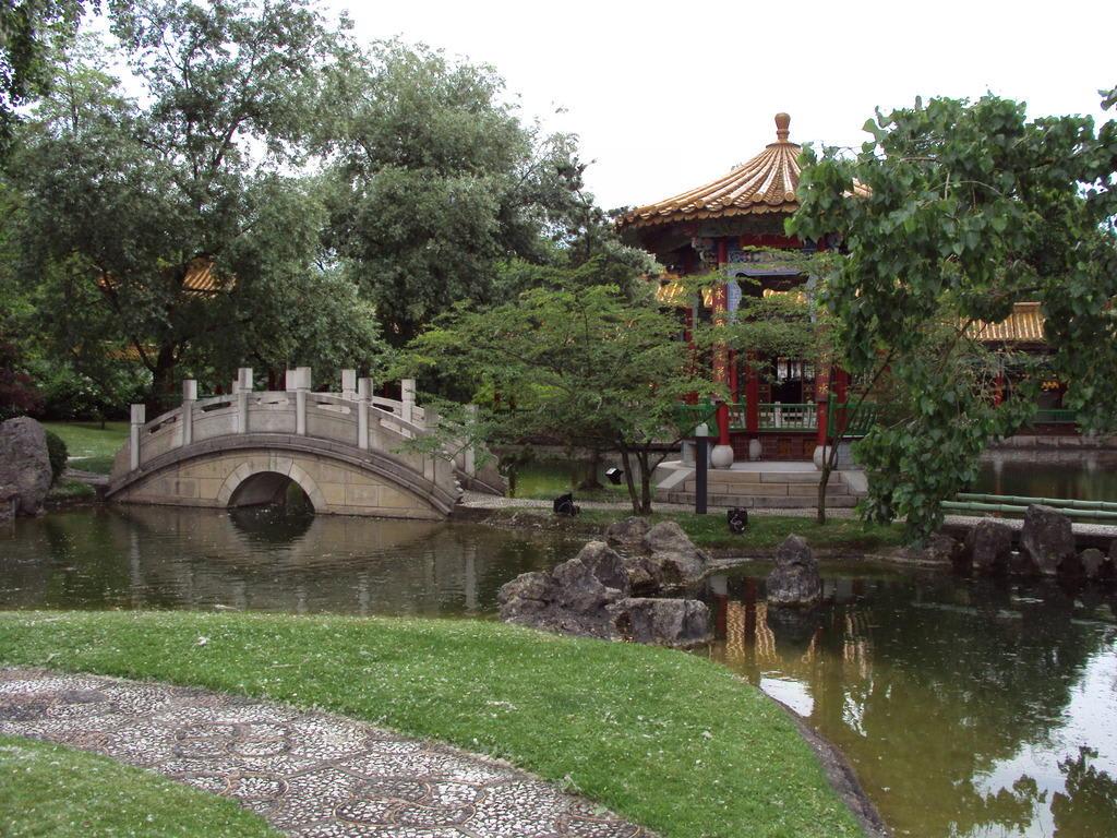 """bild """"kleine brücke"""" zu chinesischer garten in zürich, Garten dekoo"""