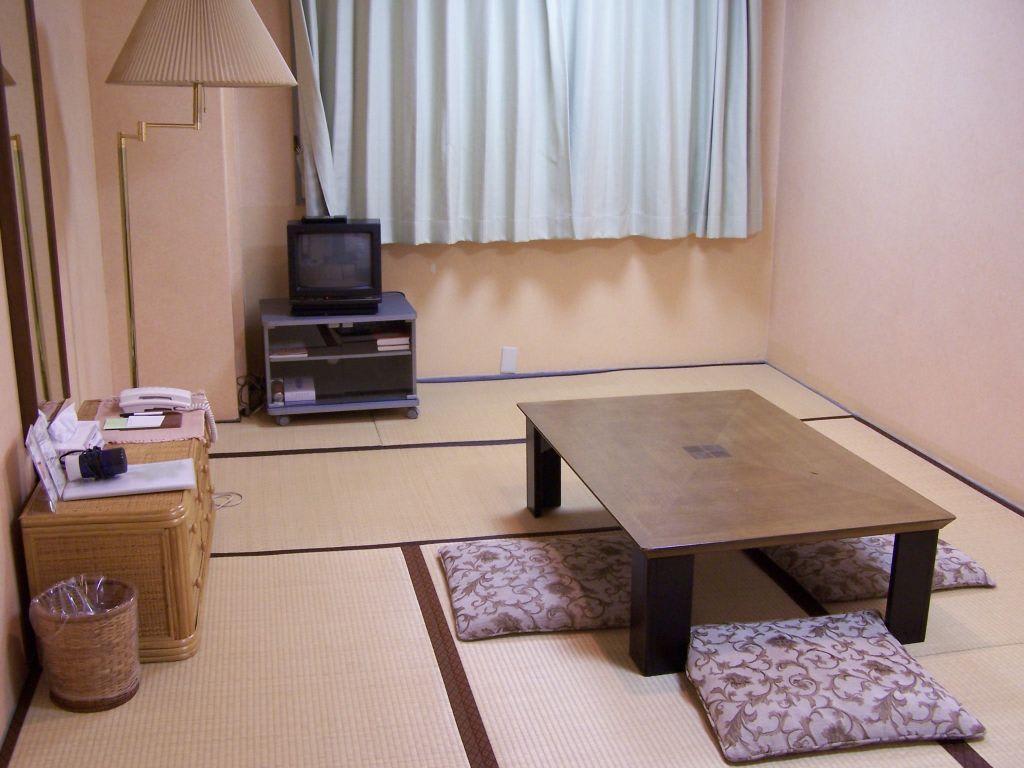 umgestalten japanisch japan m bel bett. Black Bedroom Furniture Sets. Home Design Ideas