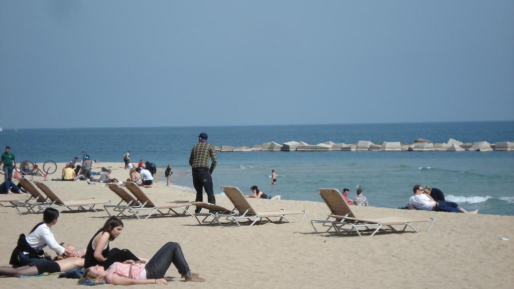 Bild Barceloneta Strand Von Barcelona Zu Barceloneta In Barcelona