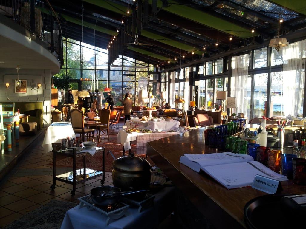 Bild Brunch Zu Cafe Bar Wohnzimmer Geschlossen In Konstanz