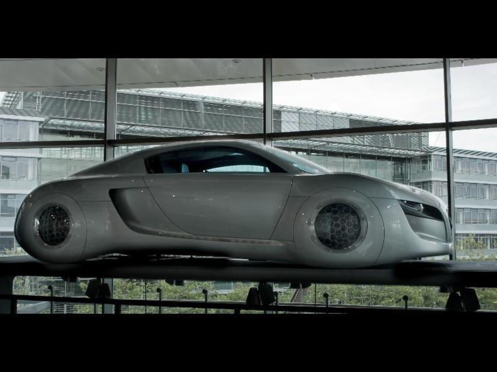 Bild i robot concept car zu audi museum museum mobile for Mobel in ingolstadt