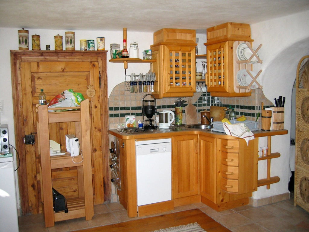 selbstgebaute kuche die feinste sammlung von home design. Black Bedroom Furniture Sets. Home Design Ideas