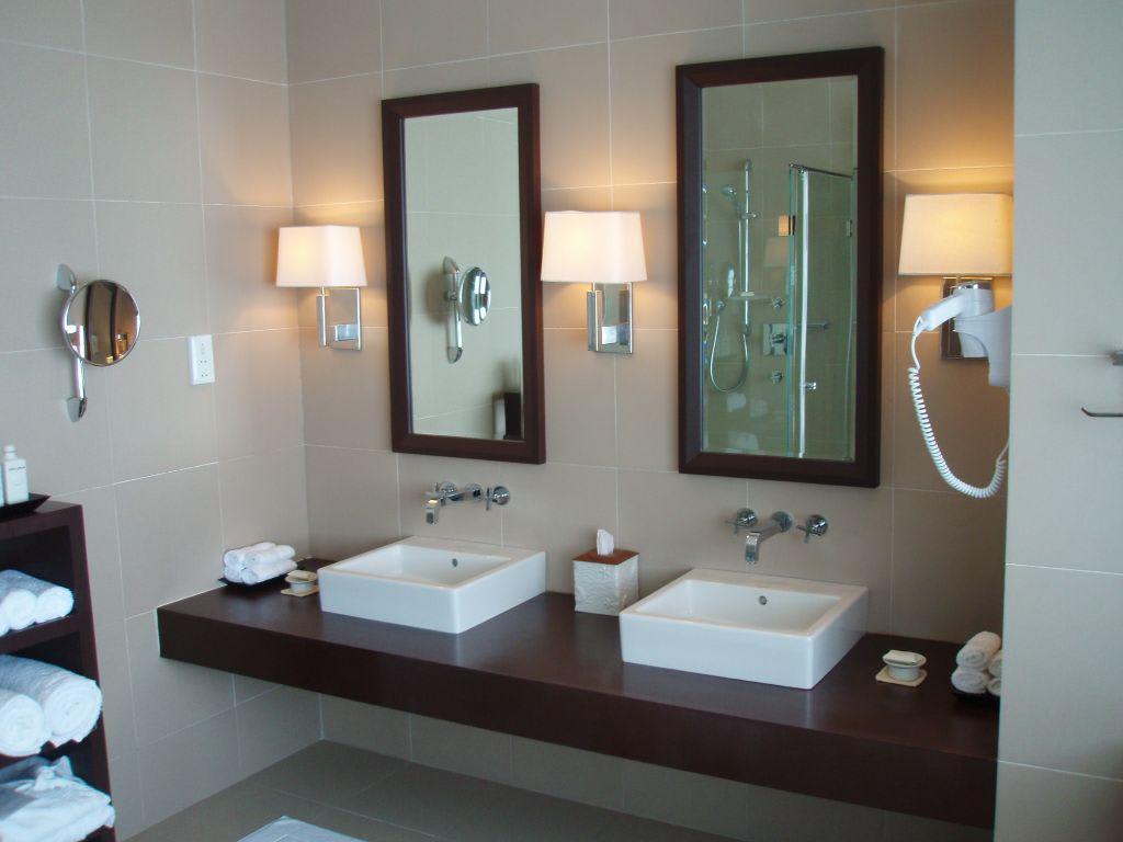 badezimmer 2 waschbecken | vitaplaza, Badezimmer ideen