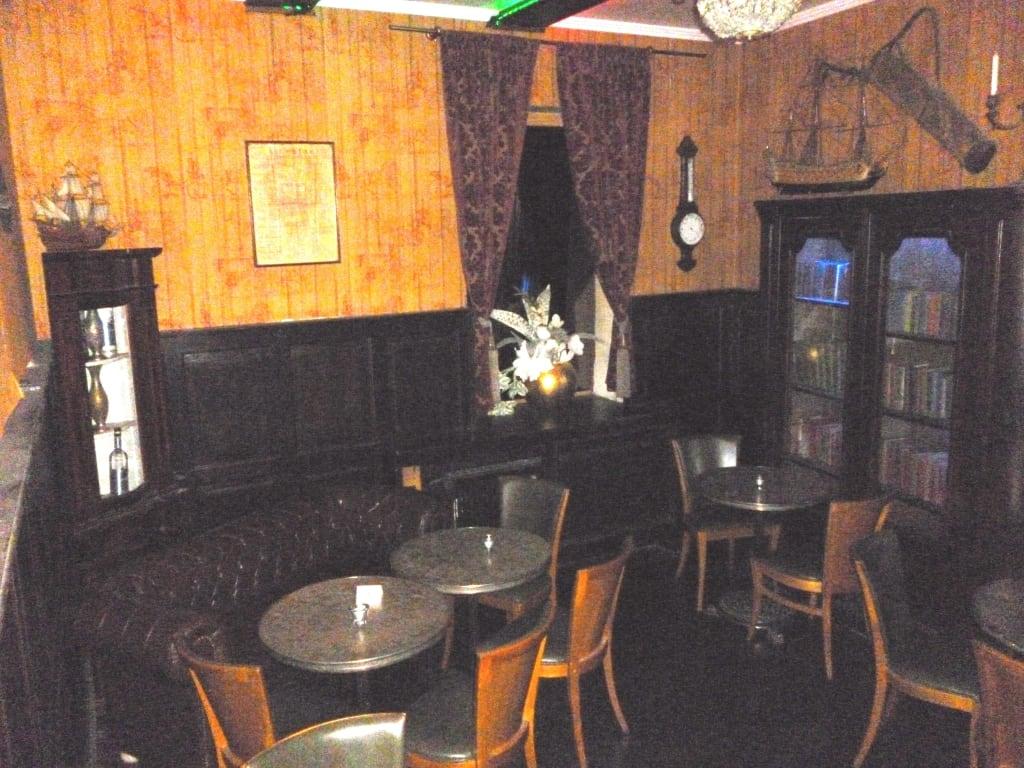 Bild Wohnzimmer Teil Der Bar Zu Restaurant Masters Home In München