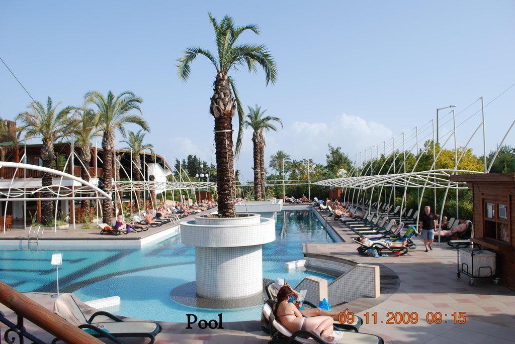 Bild Quot Sch 246 Ner Pool Quot Zu Crystal De Luxe Resort Amp Spa In Kemer