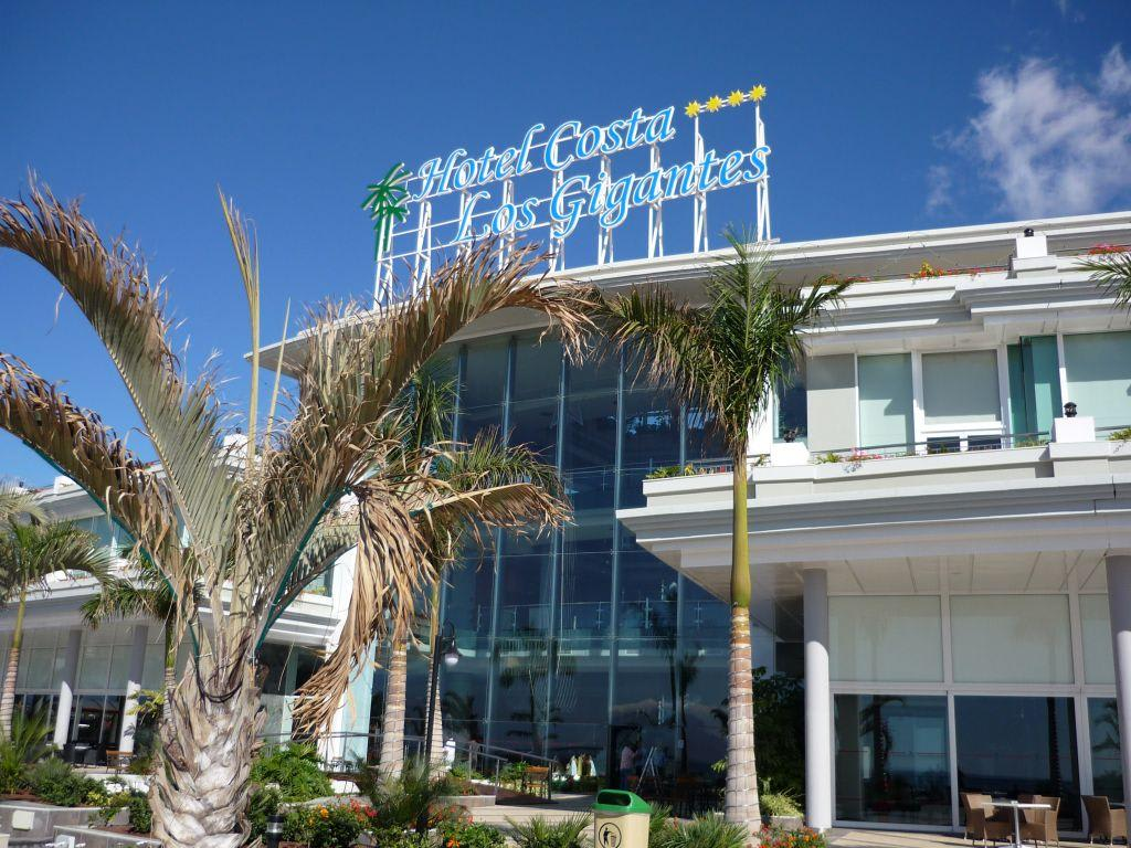 Bild hotel costa los gigantes zu be live family costa los gigantes in puerto de santiago - Hotel be live family costa los gigantes puerto de santiago ...