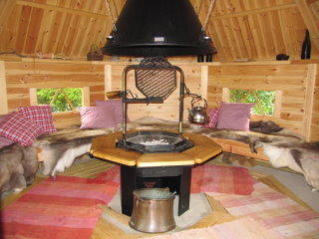 bild die grillh tte kota innen zu hotel das landhaus in pfronten. Black Bedroom Furniture Sets. Home Design Ideas