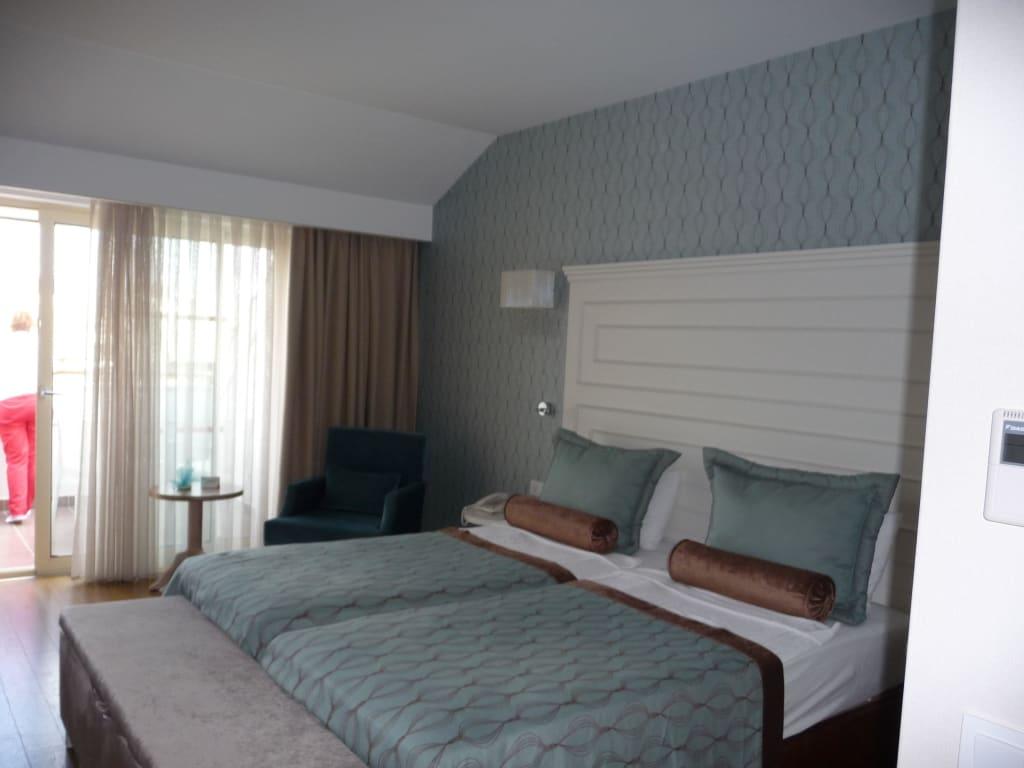 bild traumbett zu trendy verbena beach hotel in evrenseki. Black Bedroom Furniture Sets. Home Design Ideas