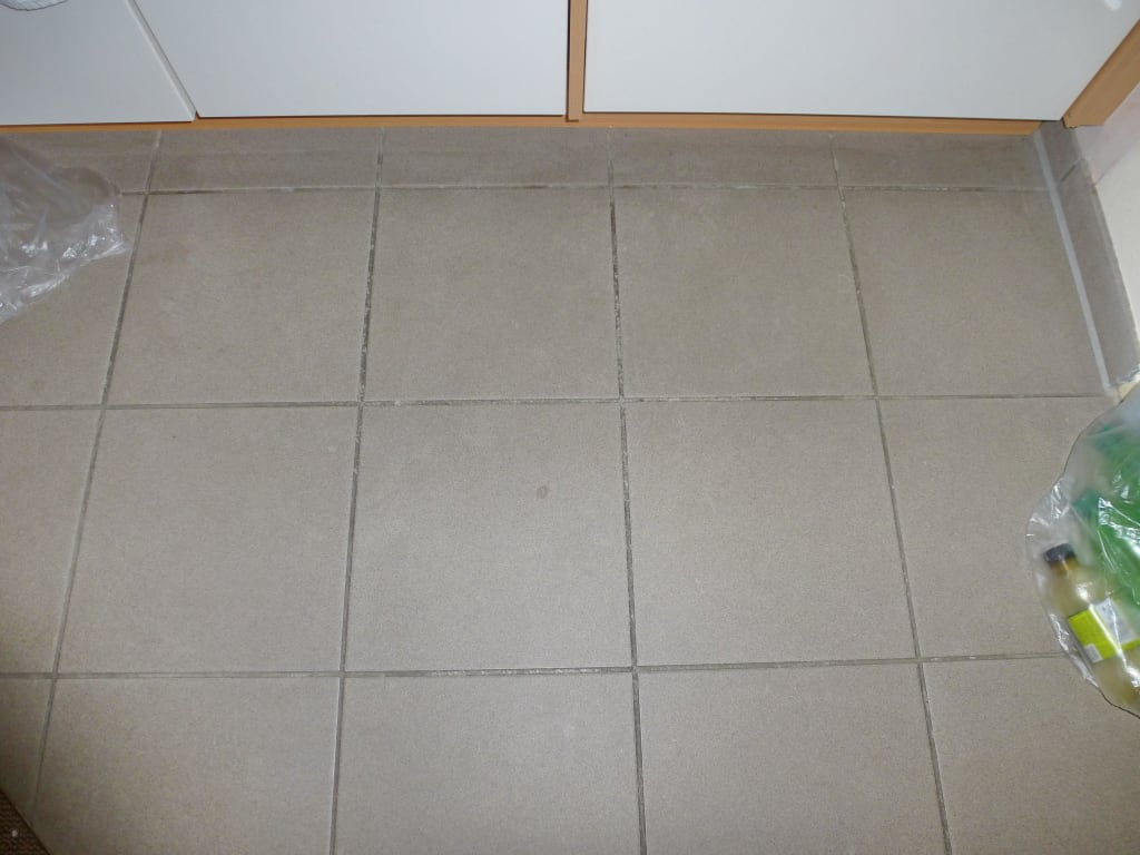 Küchenboden | bilder zimmer apartment yachthafenresidenz