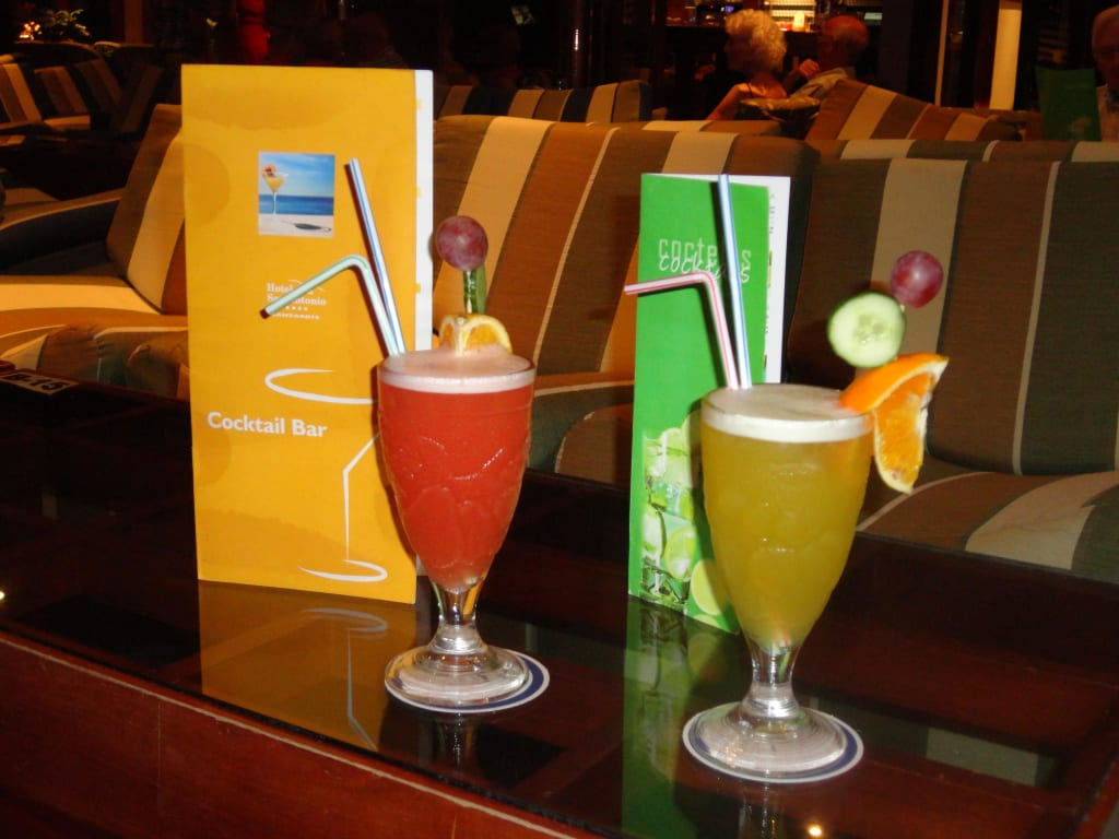 bild leckere alkoholfreie cocktails zu vik hotel san antonio in puerto del carmen. Black Bedroom Furniture Sets. Home Design Ideas