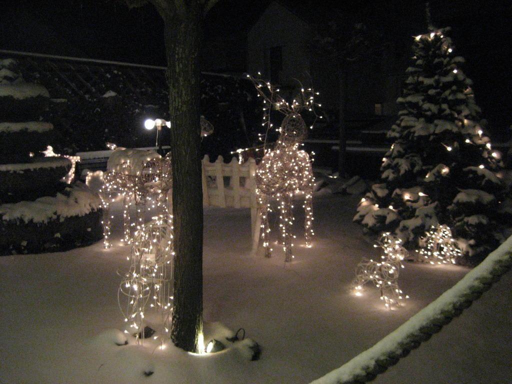 amerikanische weihnachtsdeko aussen amerikanische weihnachtsdeko aussen amerikanische. Black Bedroom Furniture Sets. Home Design Ideas