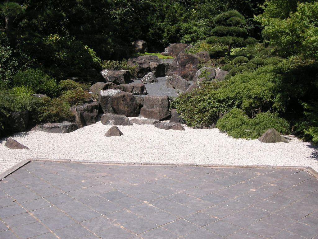 """bild """"der heilige japanische steingarten"""" zu botanischer garten, Garten ideen"""