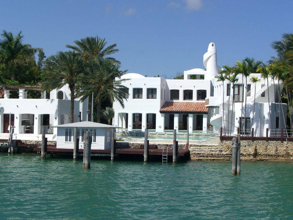 Bild haus von shakira auf star island zu star island for Haus island