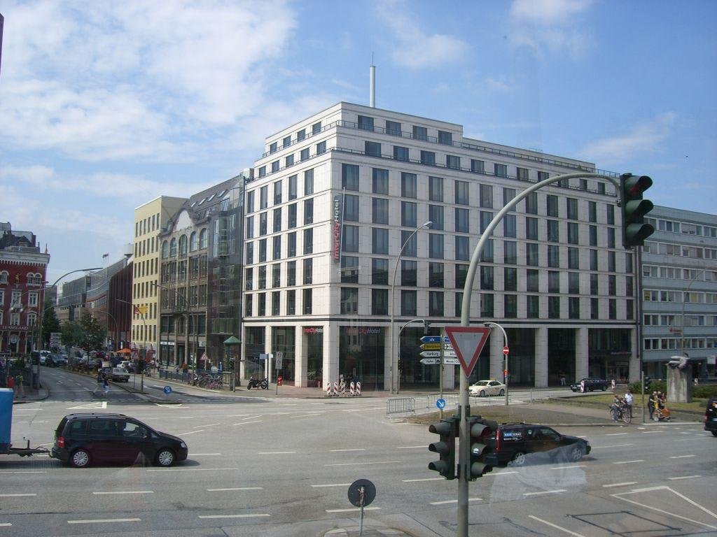 Image gallery hotels hamburg hauptbahnhof for Hotel hamburg