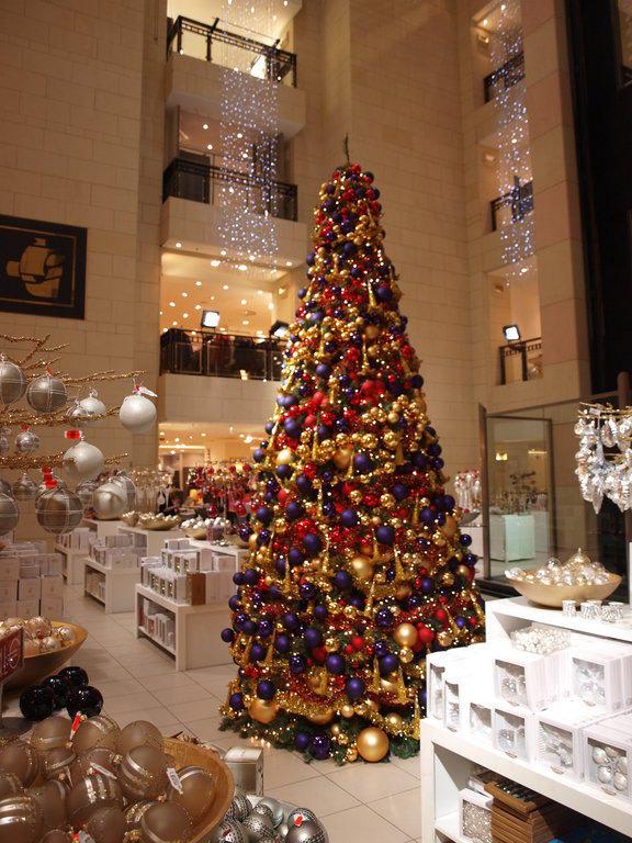 Weihnachtsbaum Berlin.Bild Weihnachtsbaum Im Kadewe Zu Kadewe In Berlin Tempelhof Schöneberg