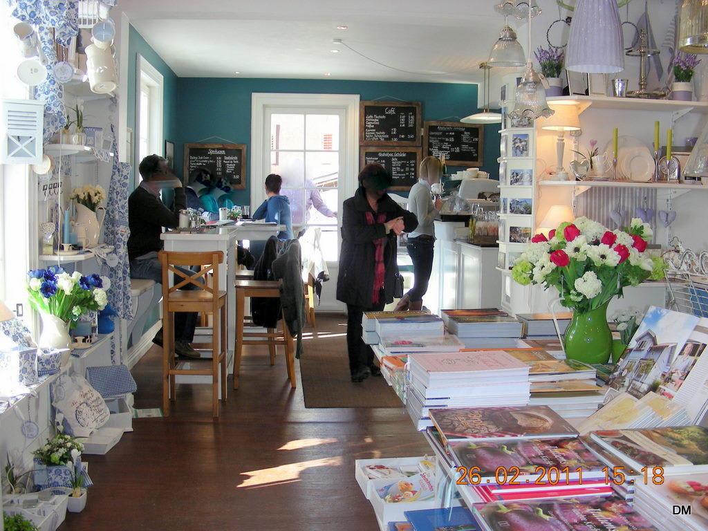 bild cafe blaues haus zu caf blaues haus in oberstaufen. Black Bedroom Furniture Sets. Home Design Ideas