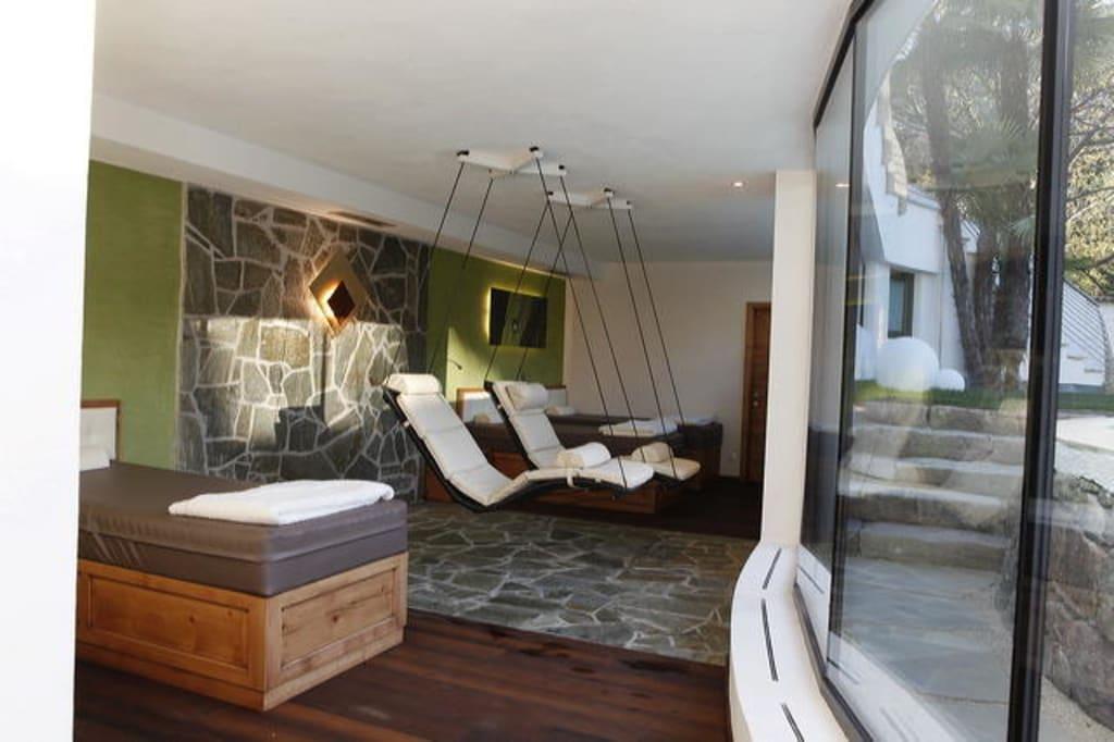 bild wasserbetten und schwebeliegen zu hotel m hlbacherhof in algund lagundo. Black Bedroom Furniture Sets. Home Design Ideas