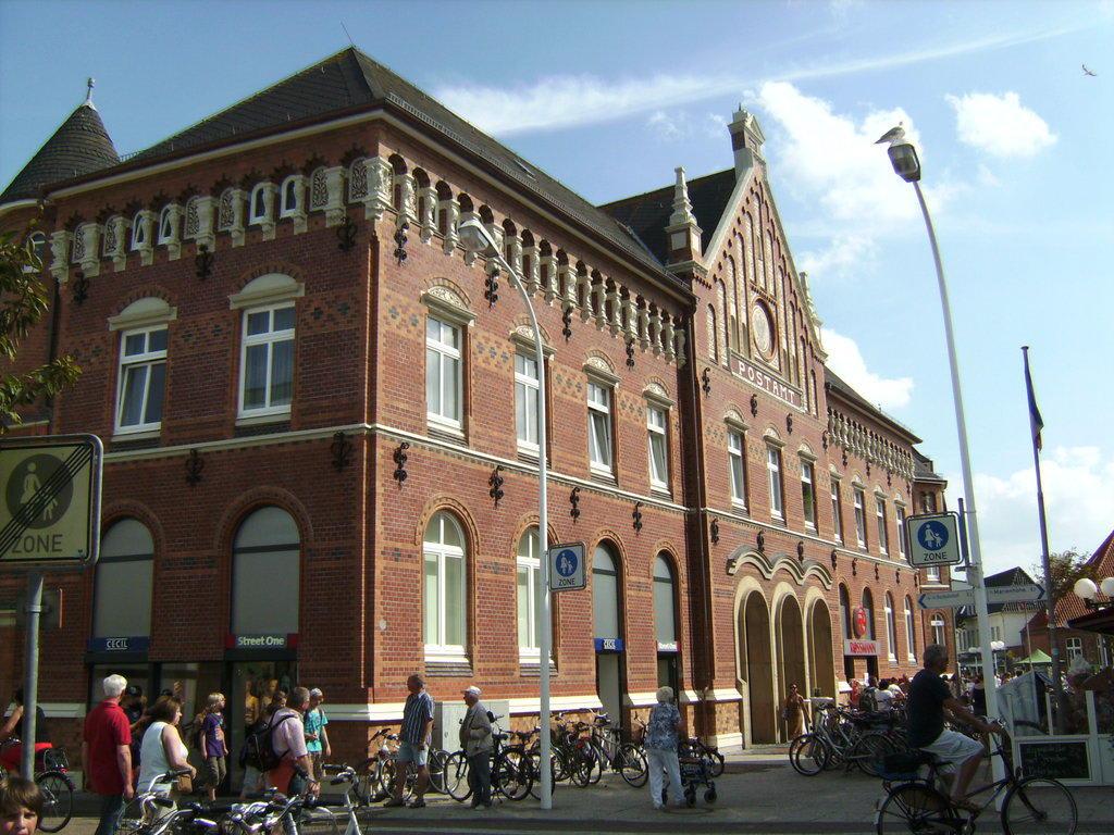 """Bild """"Neue Konzertmuschel"""" zu Kurplatz Norderney in Norderney"""