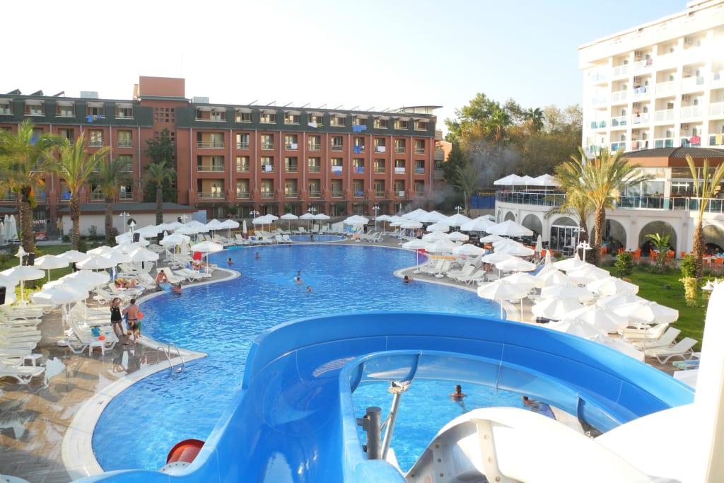 Bild pool rutsche zu annabella diamond hotel spa in - Pool rutsche ...