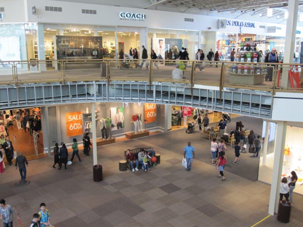 Bild Jersey Gardens Mall Zu Jersey Gardens Outlet Mall In Elizabeth