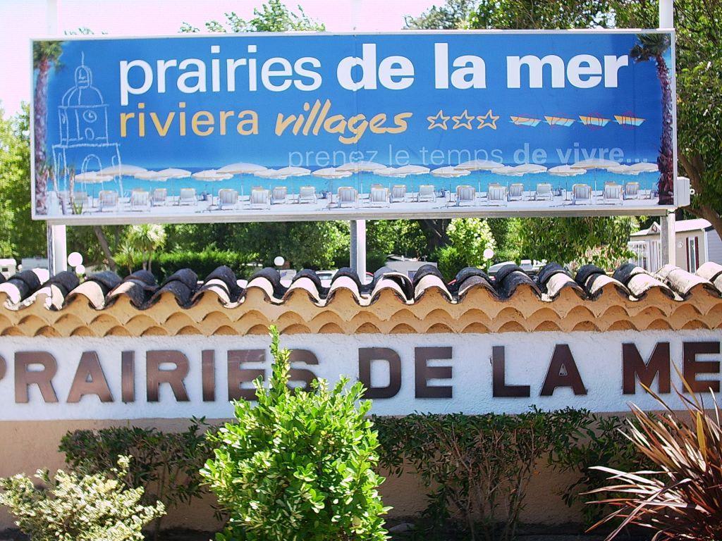 Bild tafel beim eingang zu camping bungalows les - Prairies de la mer port grimaud camping ...