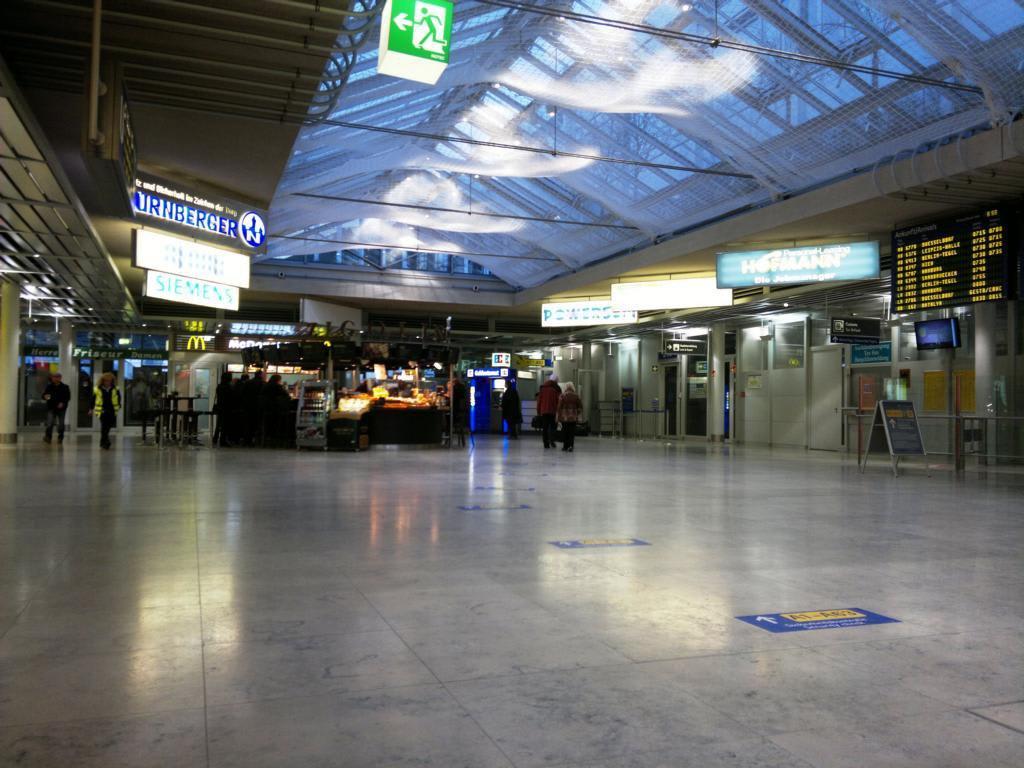 Terminal 90 Flughafen Nürnberg