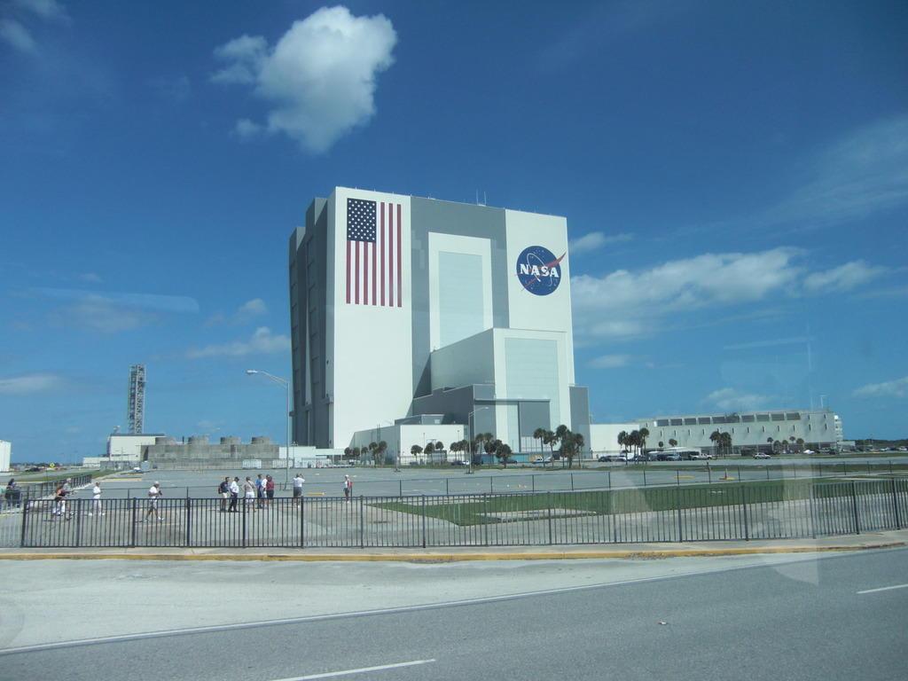 building a nasa spaceship - photo #16
