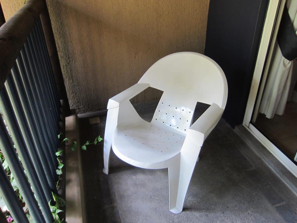 bild bequeme balkonst hle zum lesen und relaxen zu. Black Bedroom Furniture Sets. Home Design Ideas