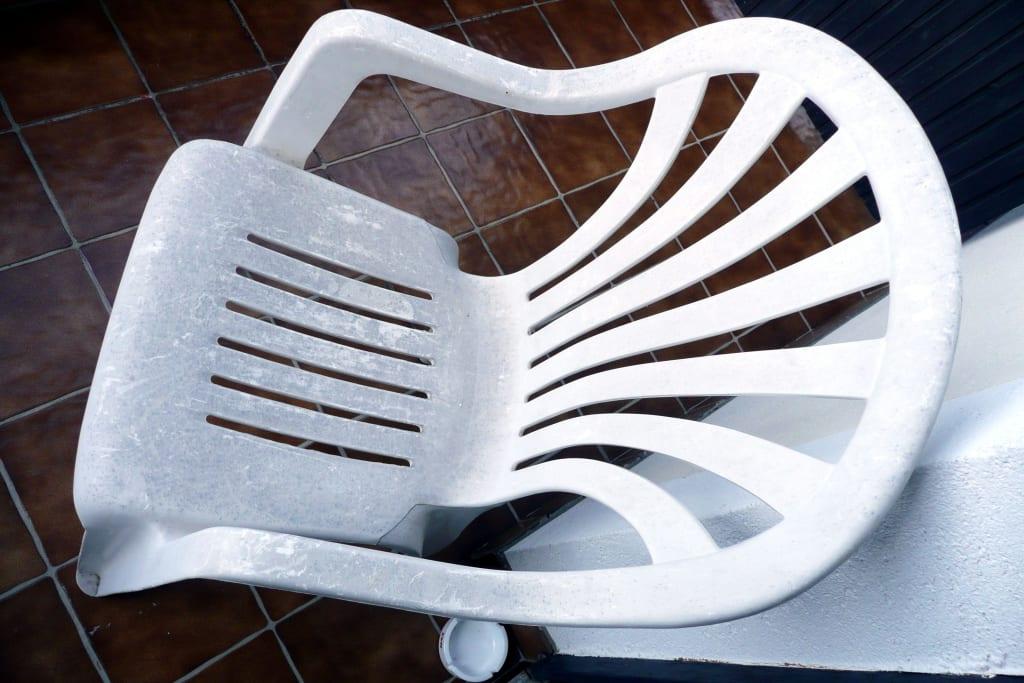 bild balkonsessel zu mohnhotel bergwirt schrammel in. Black Bedroom Furniture Sets. Home Design Ideas