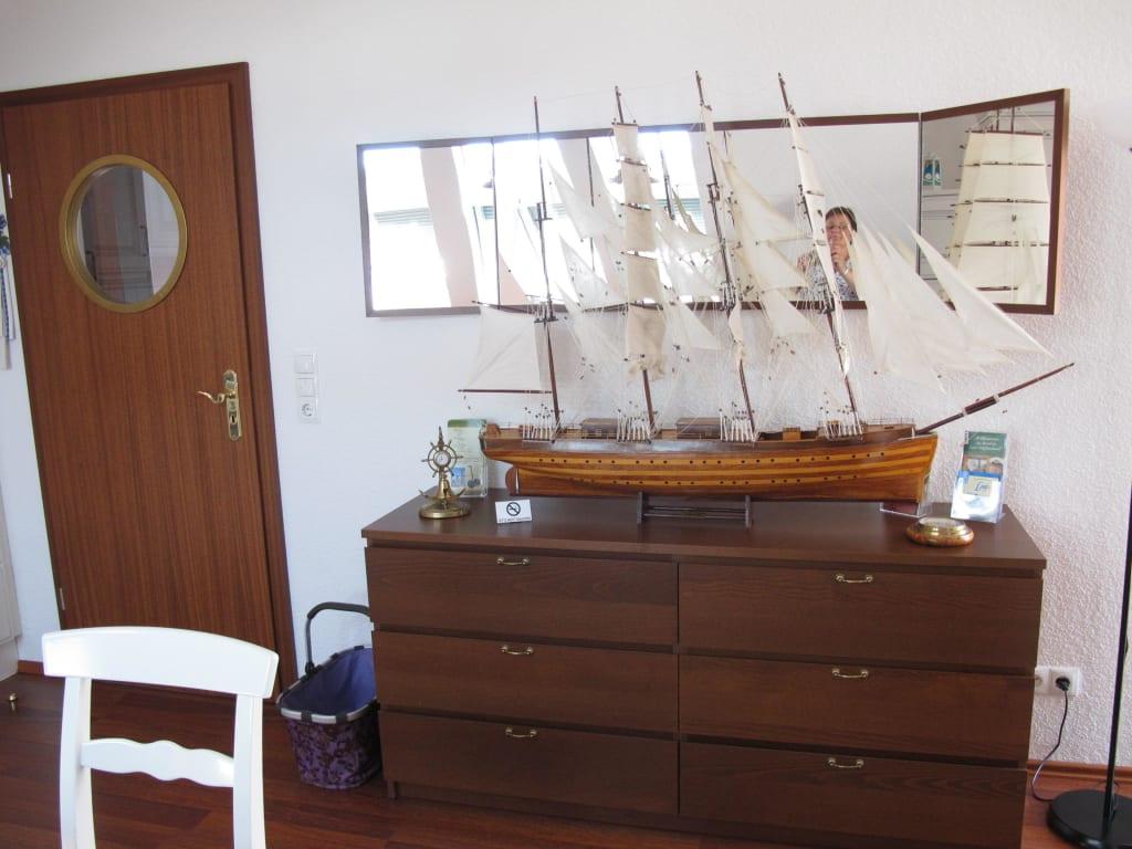 Maritime Einrichtung Bilder Zimmer Ferienwohnung Kaptains-Hus