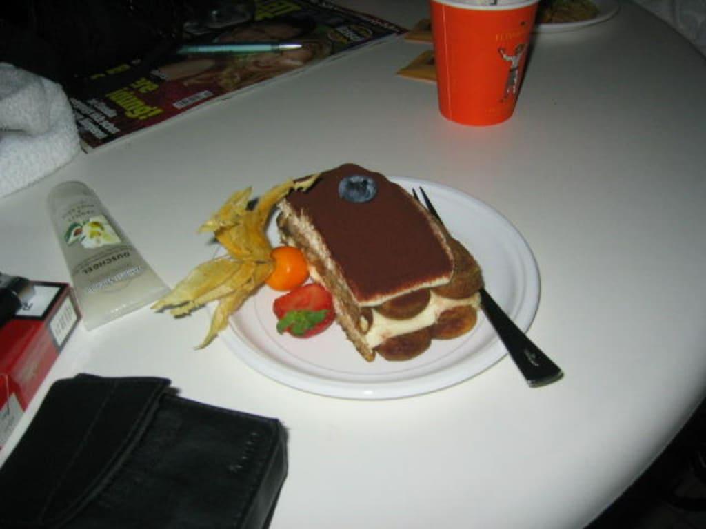Kaffee und kuchen bilder sonstiges motiv leonardo hotel for Kuchen wolfsburg