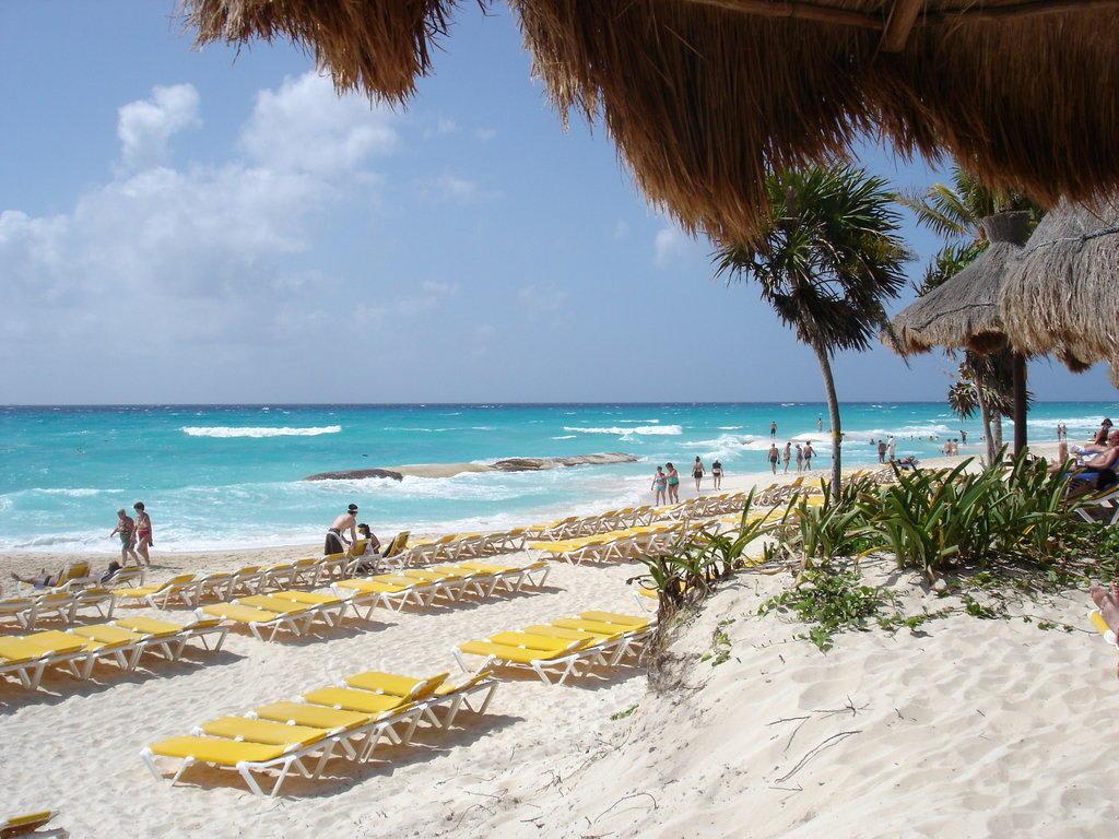 bild tuerkise karibik zu iberostar hotel quetzal in playa del carmen playacar. Black Bedroom Furniture Sets. Home Design Ideas