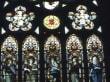 Glasmalereien in der Kirche
