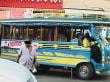 Kleine und grössere Busse