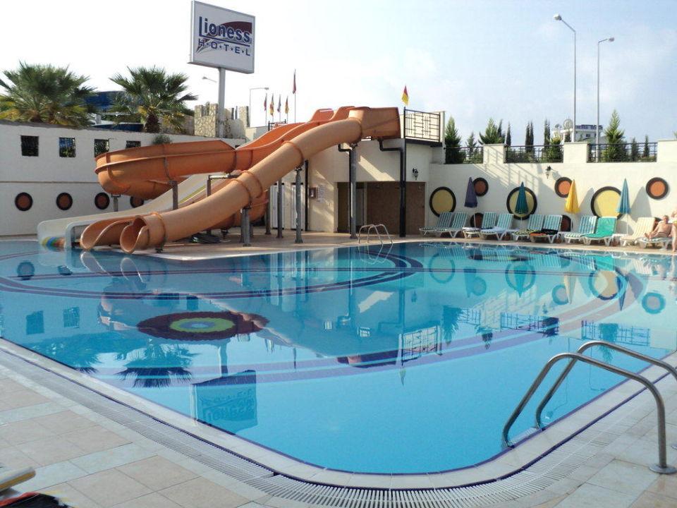 Pool Hotel Arabella World