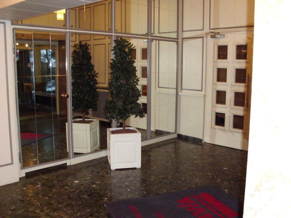Lobby AVIA - Hotel