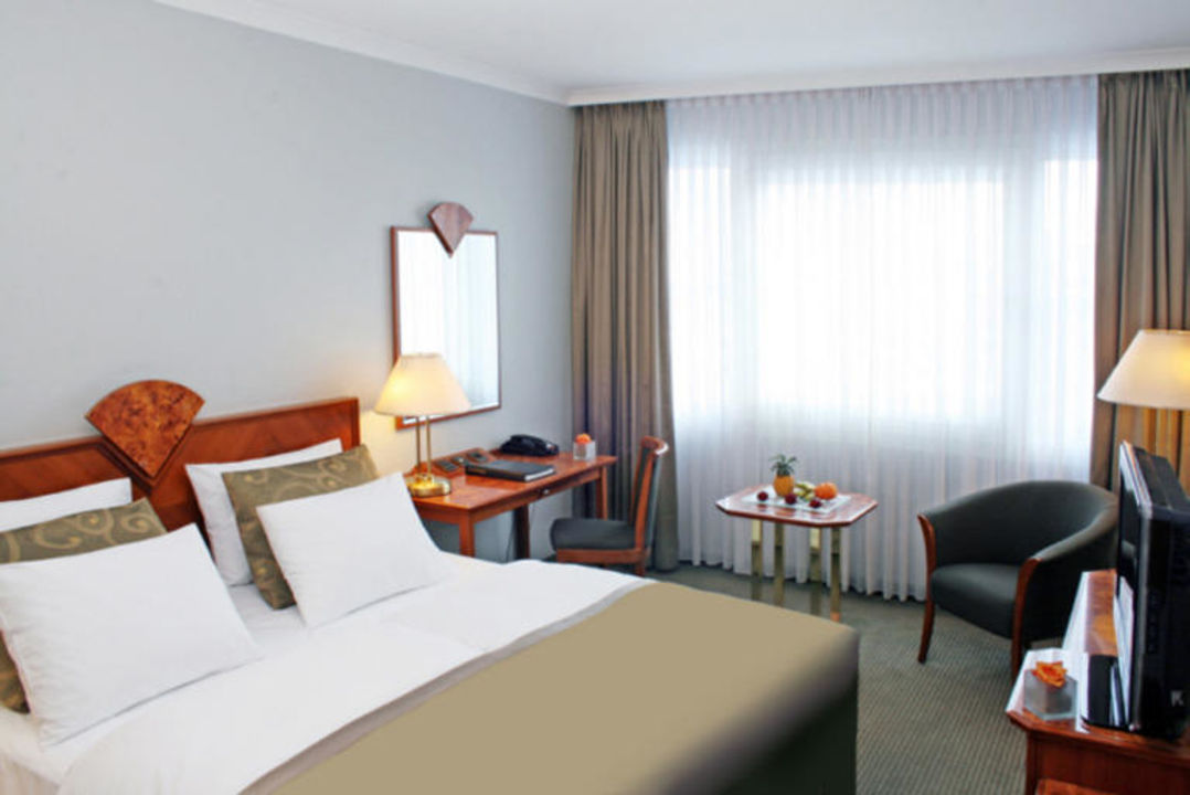 Hotelzimmer mit 100MBit Highspeed Internet Hotel Crowne Plaza Berlin City Centre