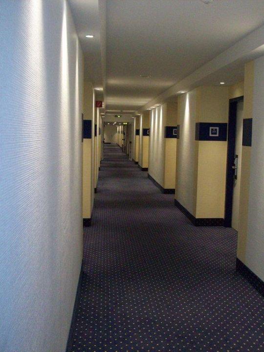 Kosteloser Safe Hotel Four Points by Sheraton München Olympiapark