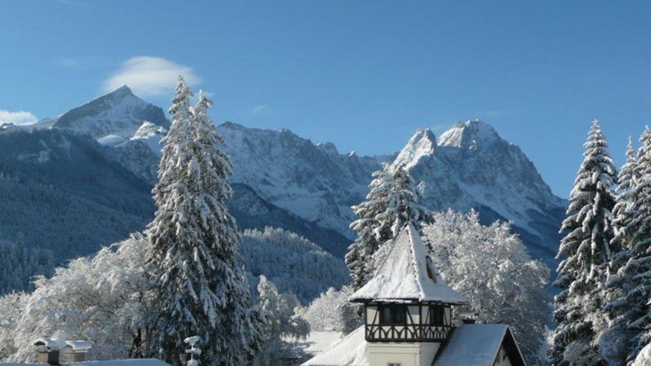 Ausblick H+ Hotel Alpina Garmisch-Partenkirchen