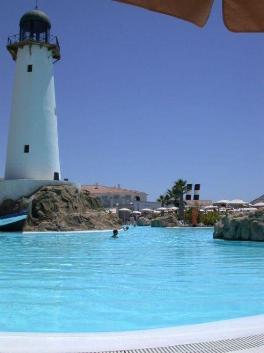 Pool mit Leuchtturm ClubHotel Riu Chiclana