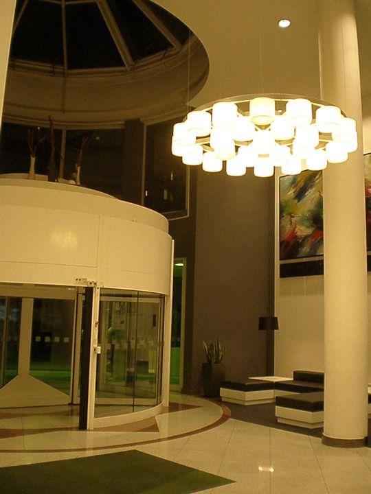 Kleiner Pool Hotel Holiday Inn Hamburg