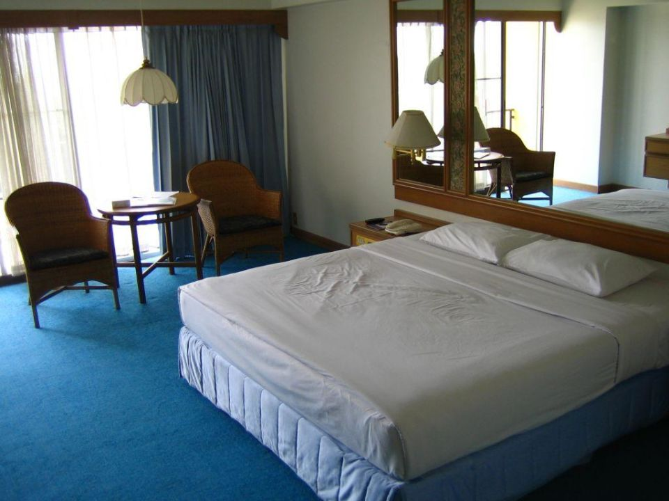 Lebensgefahr im Nachtschrank The Montien Pattaya Resort