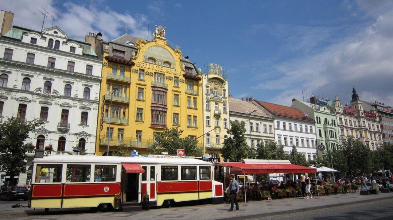 Fasade Grand Hotel Evropa (geschlossen)