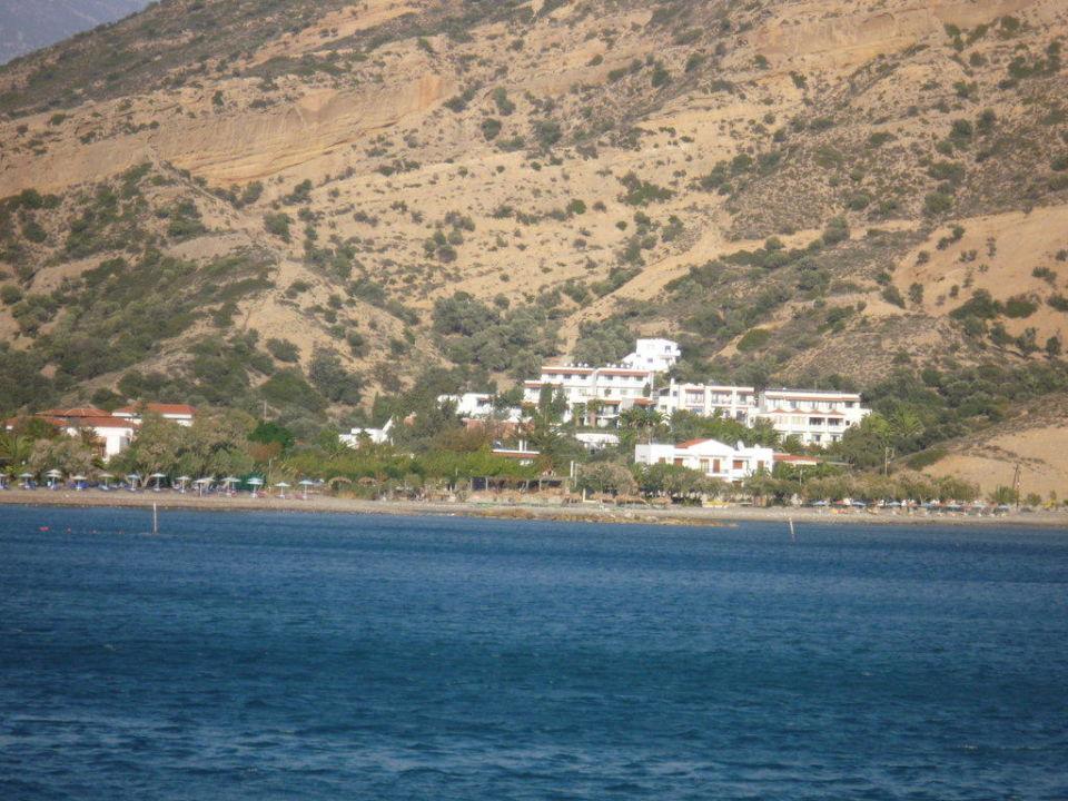 Blick von Agia Galini aufs Hotel Hotel Irini Mare