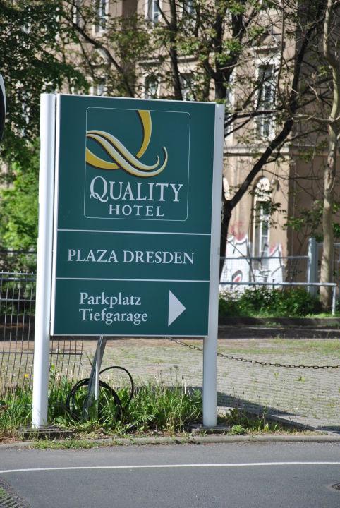 Blick zum Hinterhof Quality Hotel Plaza Dresden