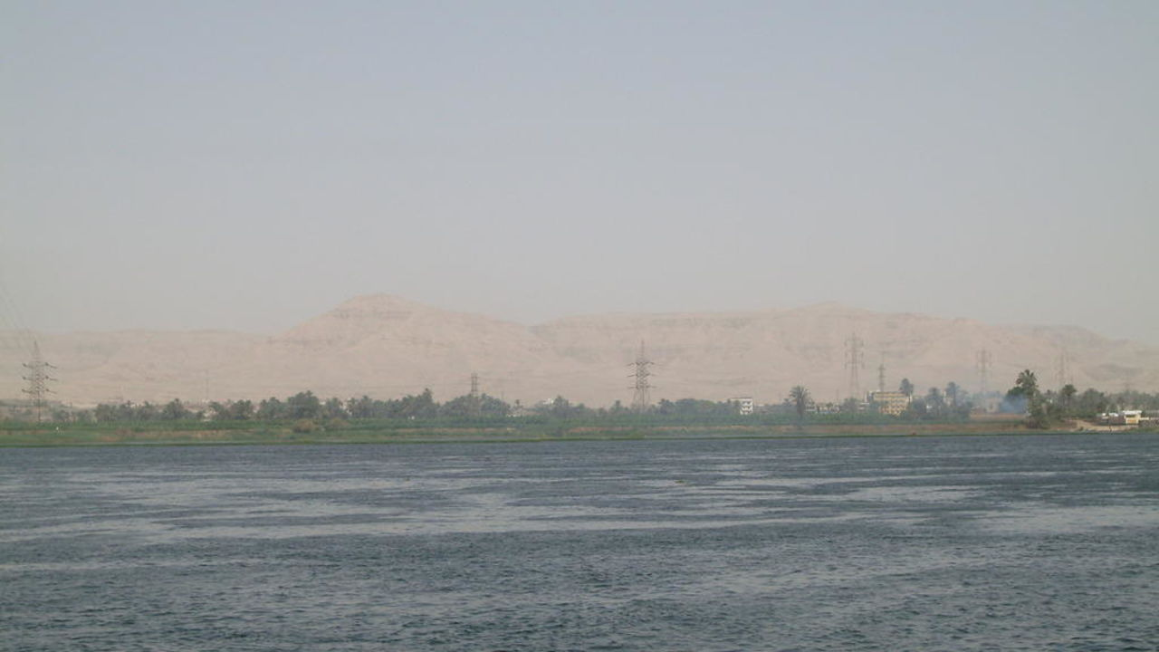 Pool Mercure Luxor Karnak