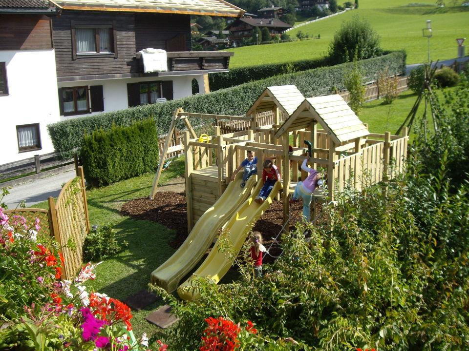 """Großartig Bild """"Spielturm im Garten mit Rutschen, Schaukeln, Sandkasten"""" zu  JL62"""